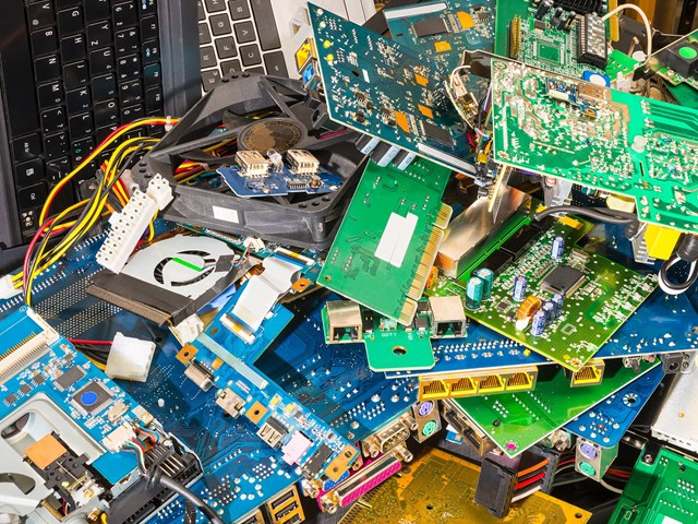 Electronics waste recycling